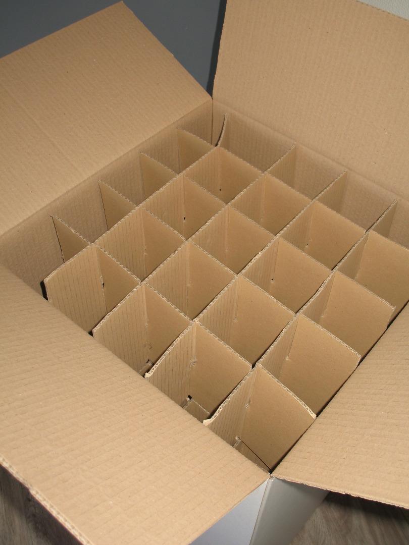carton sp cial verre et bibelot disponible chez capitole d m nagement. Black Bedroom Furniture Sets. Home Design Ideas